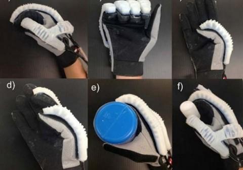 Guante robótico ayuda a recuperar los movimientos de la mano